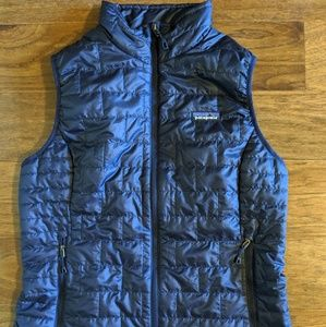 Patagonia Navy Nano Puff Vest READ DESCRIPTION